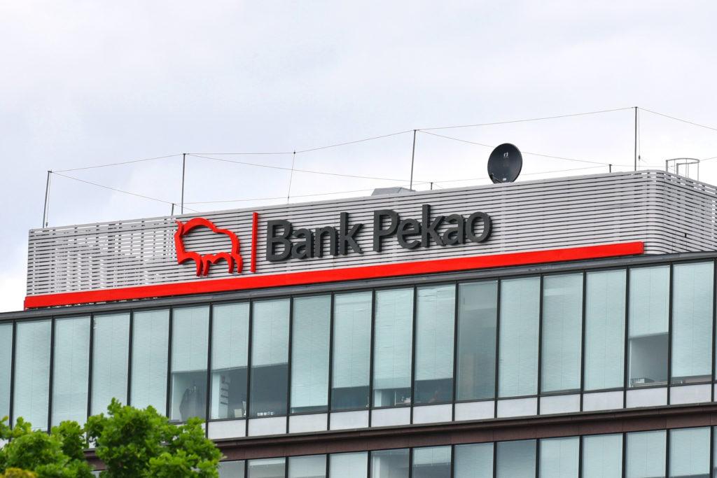 Promocyjne 1700 zł jako wysoka premia z darmowym kontem osobistym od Pekao S.A.